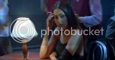 http://i298.photobucket.com/albums/mm253/blogspot_images/Raaz/PDVD_003.jpg