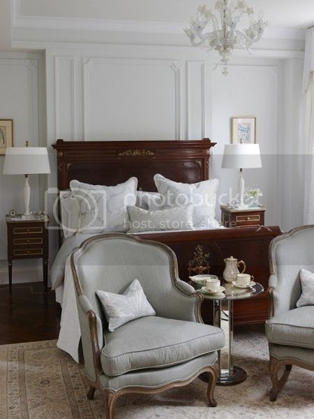house-home-sarah-richardson-design-principal-bedroom-photobystaceybrandford-march2012