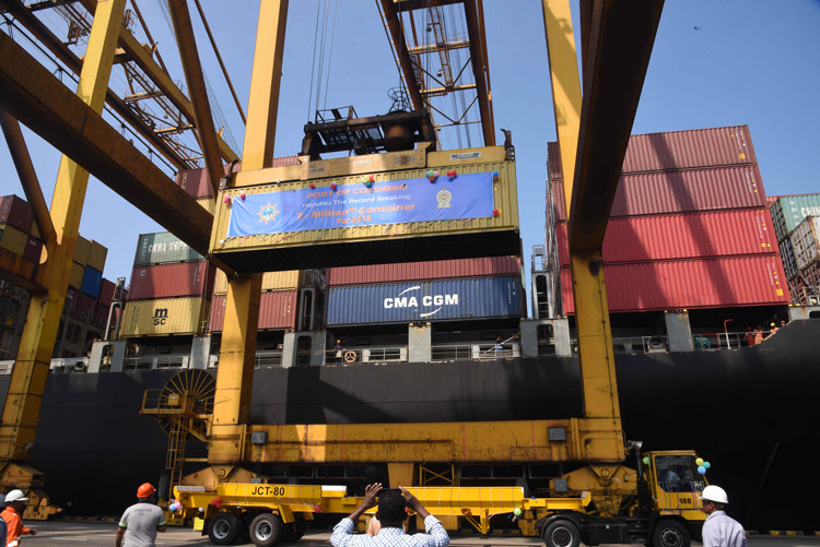 The Port of Colombo handles record breaking 7 millionth TEU