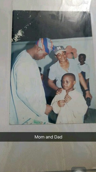 DAVIDO SHARES CUTE THROWBACK OF HIM AND HIS PARENTS,davido mum