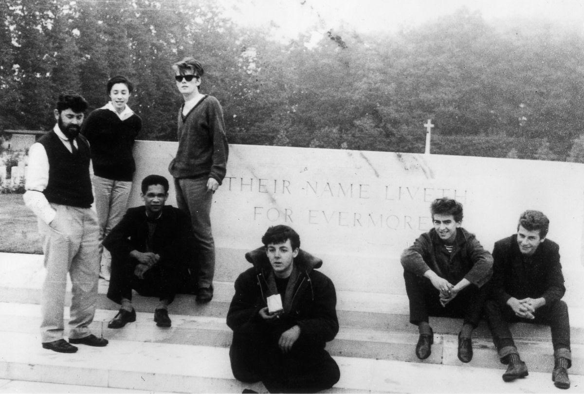 """Stuart Sutcliffe, a breve vida de um pintor talentoso e um baixista medíocre, o """"quinto Beatle"""" 01"""