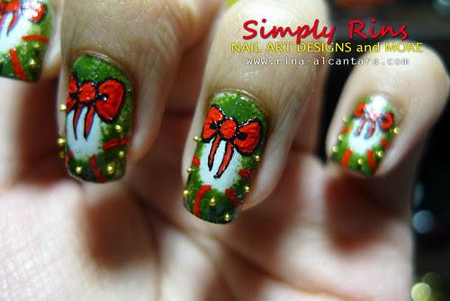 Christmas Nail Art: Wreaths | Simply Rins