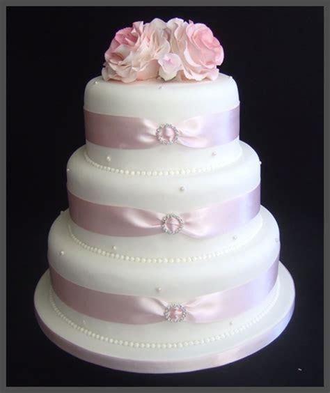 Wedding Cakes in Troon, Ayrshire : Sugar & Spice
