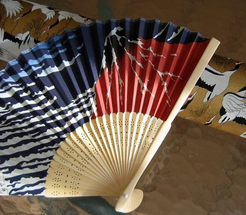 japanese-paper-fan