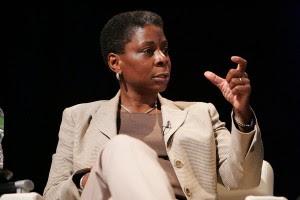 Primeira mulher negra a liderar uma corporação de peso dos EUA