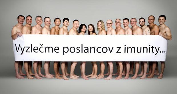Deputados ficam nus em campanha contra imunidade na Eslováquia (Foto: AFP PHOTO/Freedom and Solidarity Party/HO)