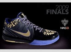 Kobe Bryant Shoes Pictures: Nike Zoom Kobe IV 4 61 Points