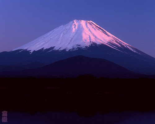 Lighting by the evening sun(Mt.Fuji/富士山)