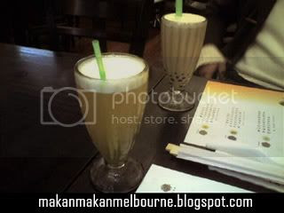Our drinks - Green Tea in front, and Bubble Tea at the back
