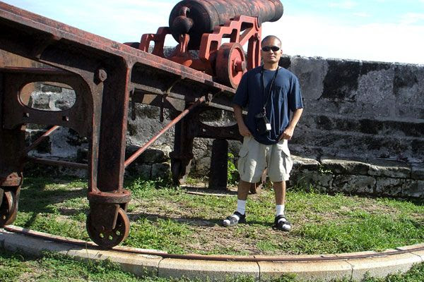 Visiting an old fort in the middle of Nassau...on August 17, 2008.