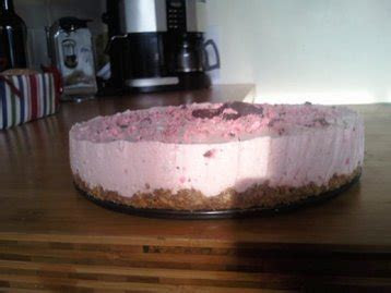 Raspberry Ruffle Cheesecake recipe   MyDish
