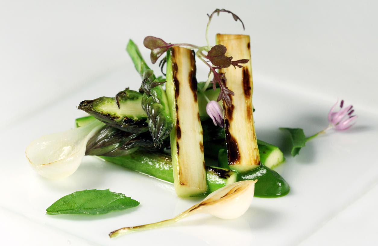 Wild asparagus at the restaurant Atrio. Credit Carles Allende   Where history, art and gastronomy meet.