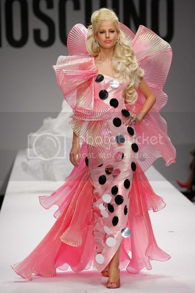 photo moschino-spring-2013-milan-fashion-week-10.jpg