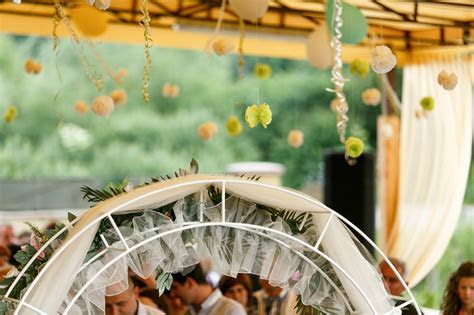 Unique Wedding Ceremony Decoration Ideas   WeddingDresses