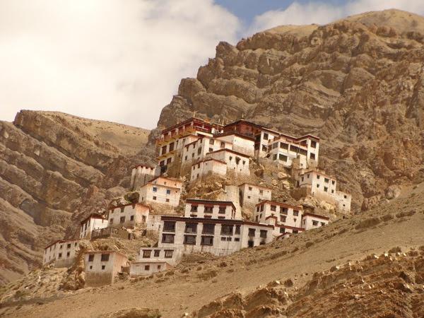 Sungguh menakjubkan biara ini