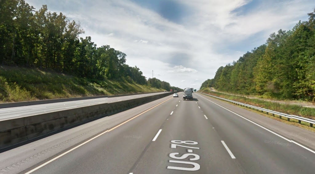The object's lighting seemed to suggest that it was triangle-shaped. Pictured: I-20 near Pell City, AL. (Credit: Google)