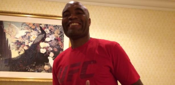 Anderson Silva bate peso e está confirmado no UFC 200