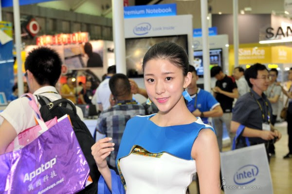 Booth Babes Computex 2014 (19)