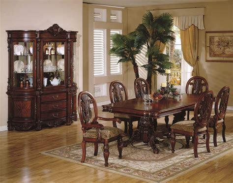 Traditional Dining Room Furniture   Marceladick.com