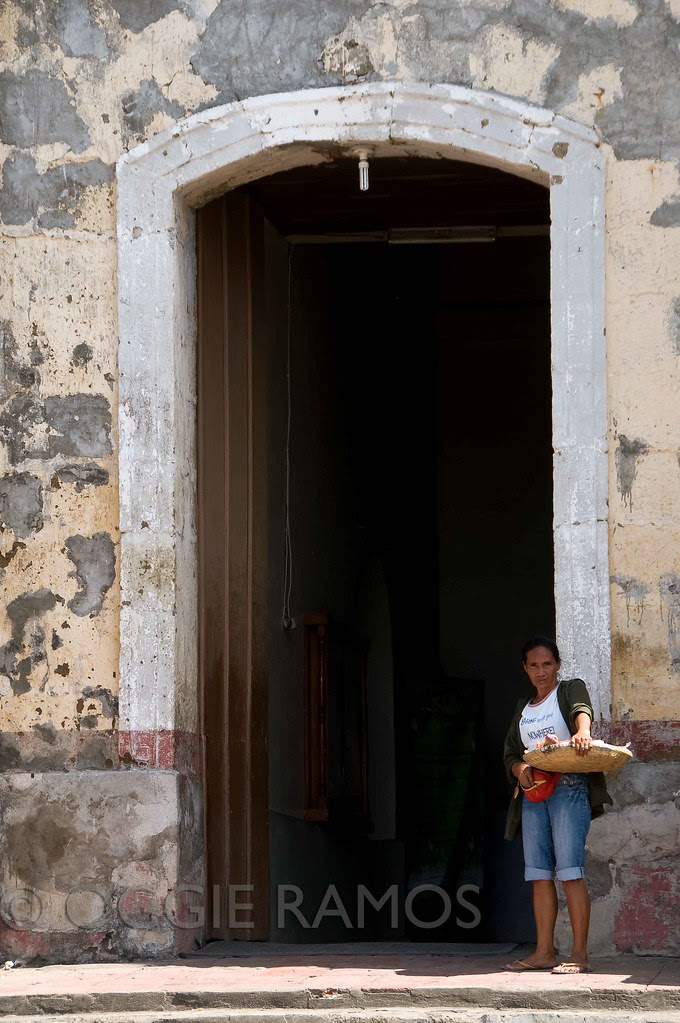 Taal Town San Martin de Tours Seller by the Doorway