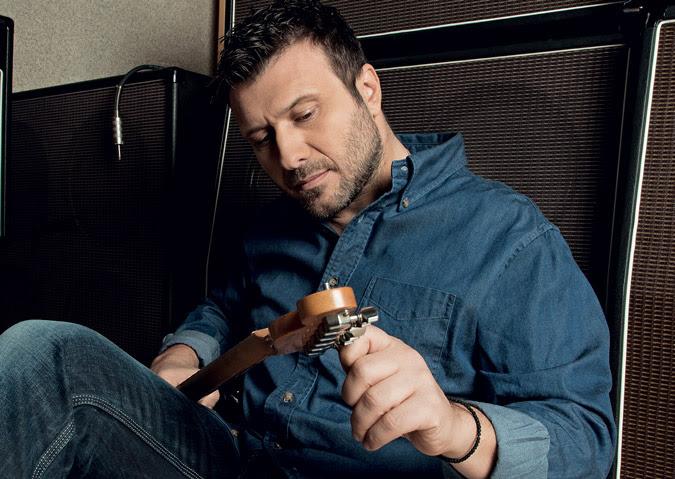 Ο Γιάννης Πλούταρχος στο GetGreekMusic