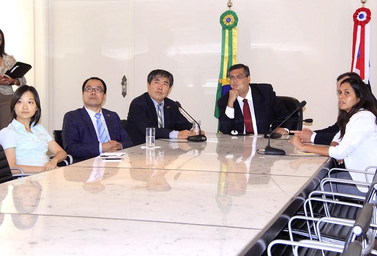 Foto 1 - Governador Flávio Dino recebe cônsul-geral da China e fala sobre investimentos no MA (1)