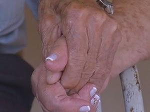 Idosos mostram que o amor não tem idade para ser vivido  (Foto: Cássio Nigro/ TV TEM)