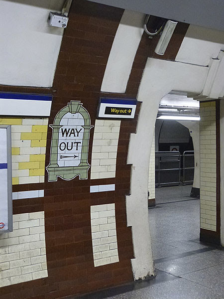 métro, way out