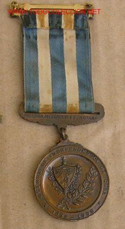 Conjunto de Medalla a los Combatientes por la Independencia de Cuba, 1898.  Ejemplar en Bronce.  Co