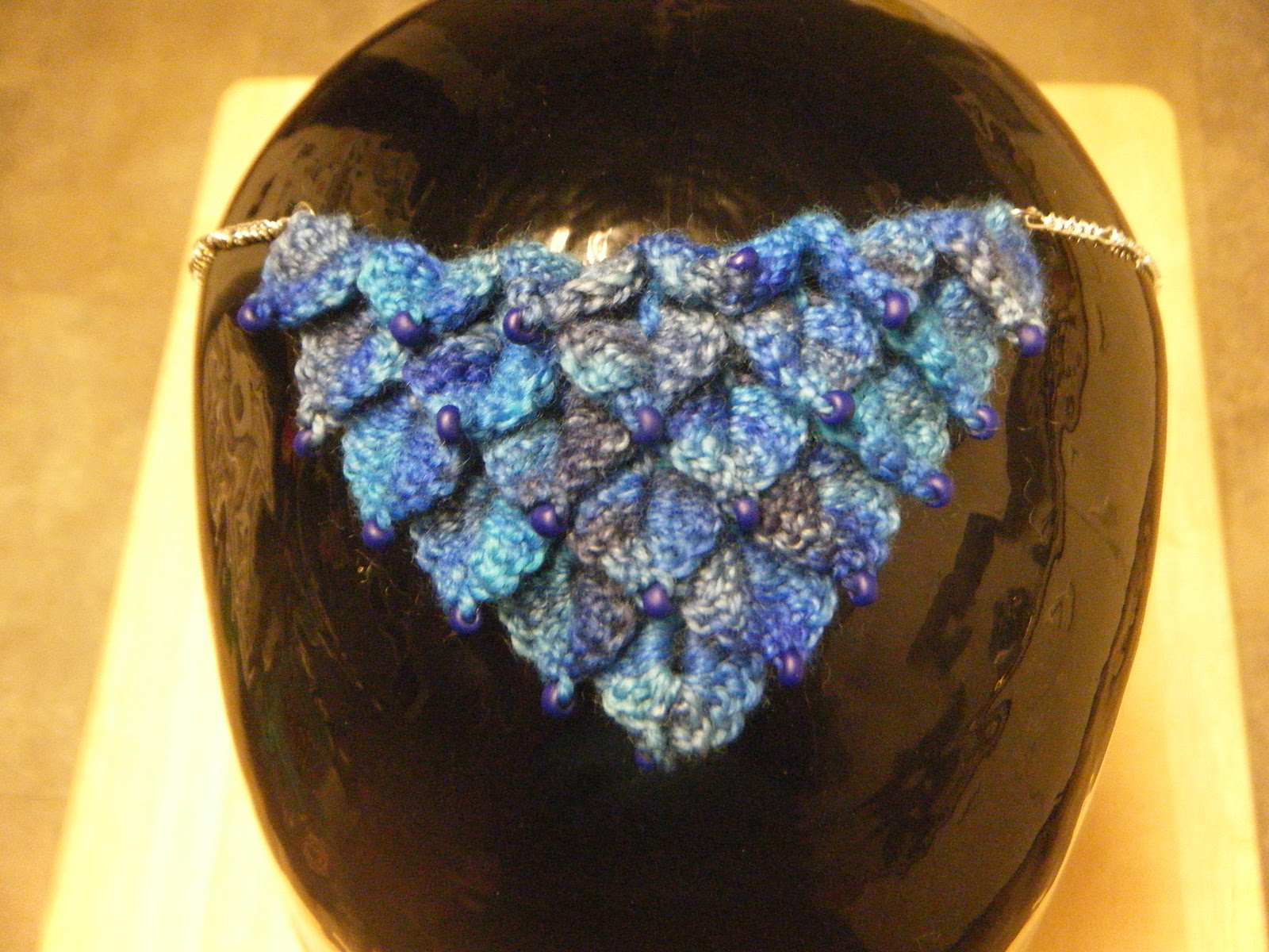 Dragon Scales Crochet Necklace Pattern by tamdoll