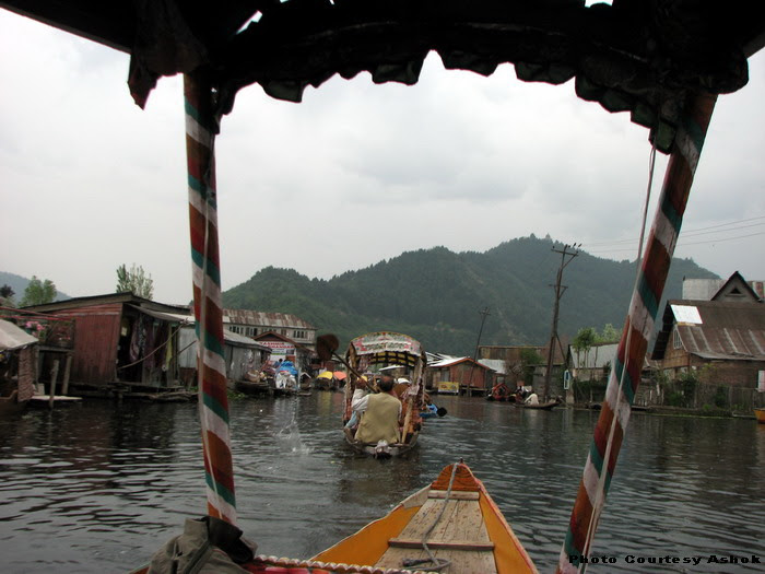 4  Dal Lake again.jpg