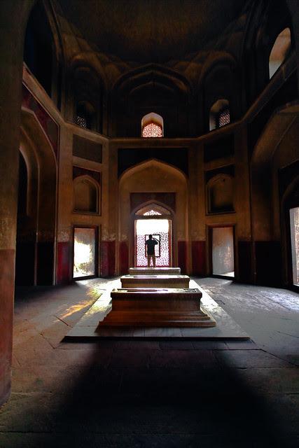 At Himayun Tomb (c) Tarum Chopra