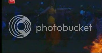 http://i298.photobucket.com/albums/mm253/blogspot_images/Pyaar%20Kiya%20To%20Darna%20Kiya/terijawani1.jpg