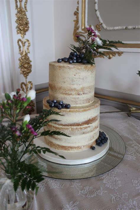Naked & Buttercream Wedding ? Cake Rise