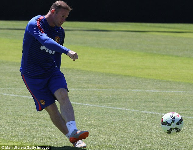 Rooney performed a number of roles for Manchester United last term but is keen to play as a number nine