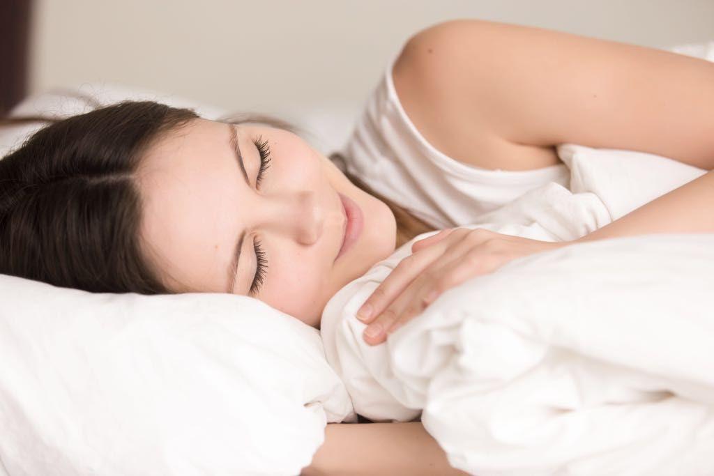 ¿Por qué se duerme mejor en sábanas de algodón?