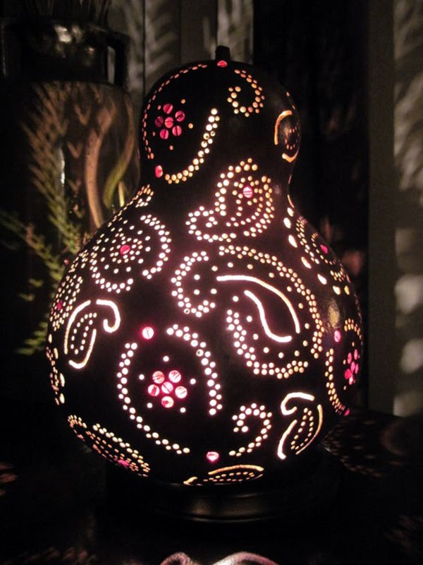 Amazing Art Inspired Gourd Lamps (4)