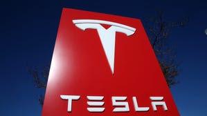 Tesla makes offer for SolarCity