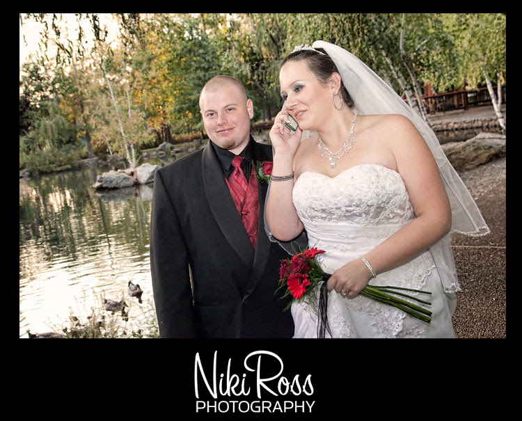 bride-groom-telephone