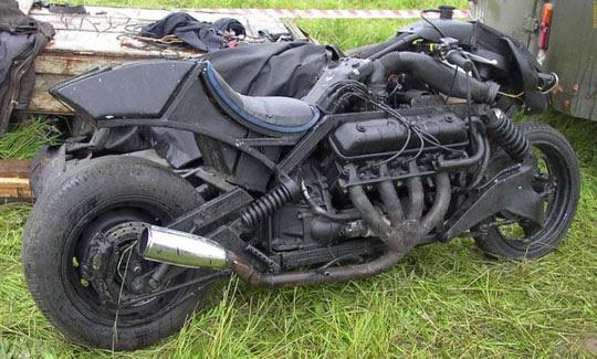Moto Pós-apocalíptica Woina 5000