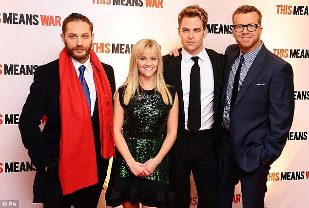Reunited: estrelas do filme e diretor McG colocam-se antes de ir para dentro para a triagem