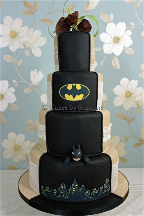 Dual Theme Wedding Cakes   Cakes by Suzanne   Professional