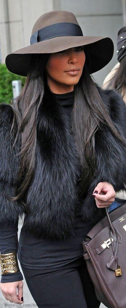 Kim Kardashian | Street Style