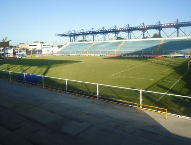 Estádio Macyrzão Macaé (Foto: Richard Fausto / Globoesporte.com)