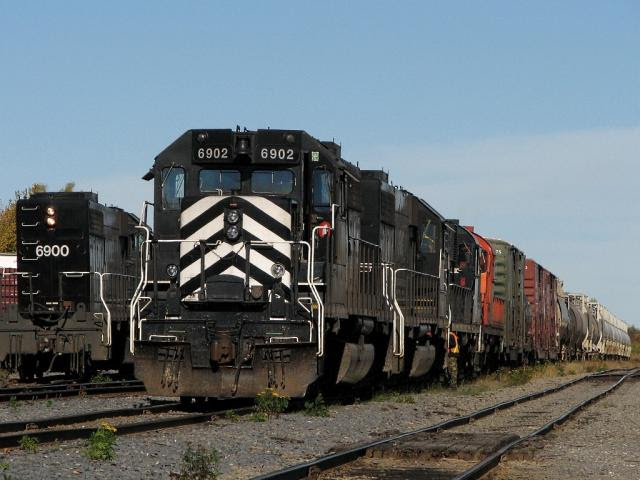 CFMG 6902 in Miramichi, New Brunswick