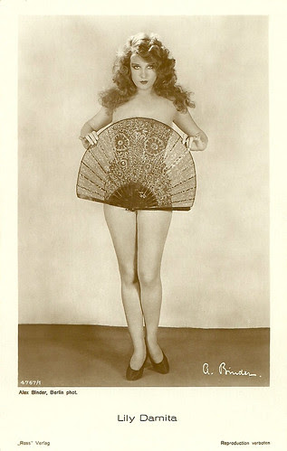 Lily Damita, 1