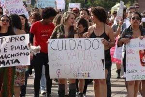 Violência contra mulher é resultado de machismo, não de natureza masculina