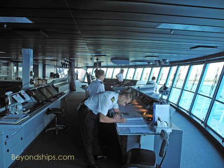 Cruise Ship Faq The Role Of The Captain