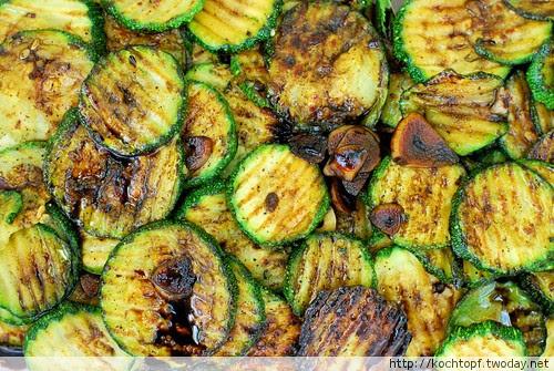 Zucchine a scapece (marinierte Zucchini)