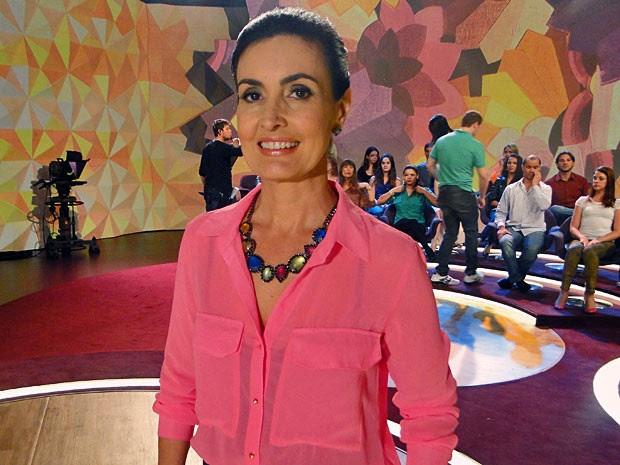 Maxicolar ganha destque pelas pedras coloridas (Foto: Encontro com Fátima Bernardes/TV Globo)